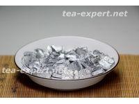生普洱茶膏(100克) 包装形式:白色的铝箔,正方形 Sheng Puer Cha Gao 1 Смола шу пуэра №1