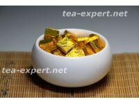 熟普洱茶膏(100克) 包装形式:金色的箔,正方形 Shu Puer Cha Gao 3 Смола шу пуэра №3