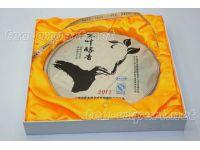 """勐库""""木叶醇香""""饼茶2011年(生茶) Mu Ye Chun Xiang """"Лучших Листьев Аромат"""""""