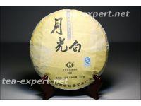 "普文""月光白""饼茶2018年(生茶) Yue Guang Bai ""Сияние луны"""