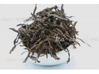 "普文""乔木红茶"" Qiao Mu Hong Cha ""Красный чай с Цяому"""